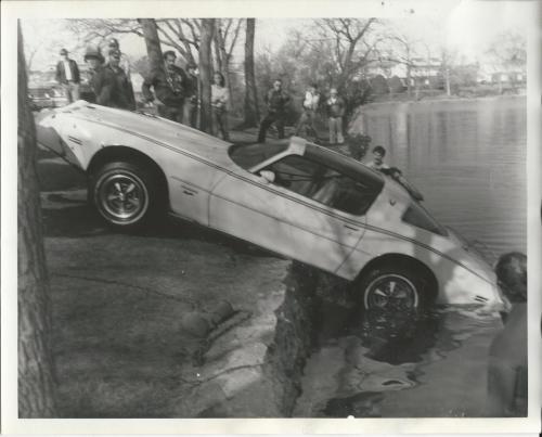 Car in Lake, Kirschenbaum, Oberto with camera